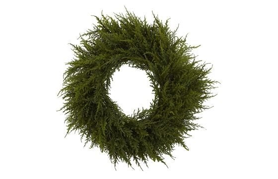 boxwood greenery wreath winter glam christmas decor ideas
