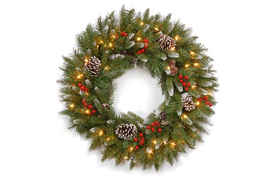 holiday wreath traditional christmas decor ideas