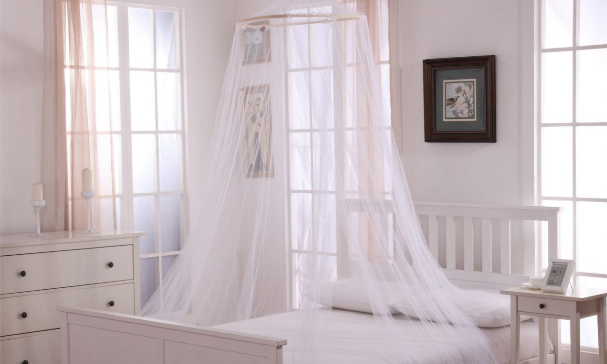 How To Install A Bed Canopy In 5 Easy Steps Overstock Com