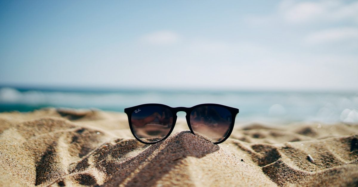 ab9b324ee4d How to Pick the Best Sunglasses for Men - Overstock.com