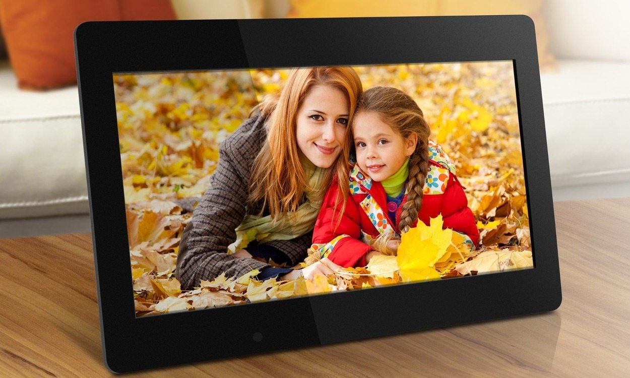 How To Load Pictures Onto A Digital Frame Overstockcom