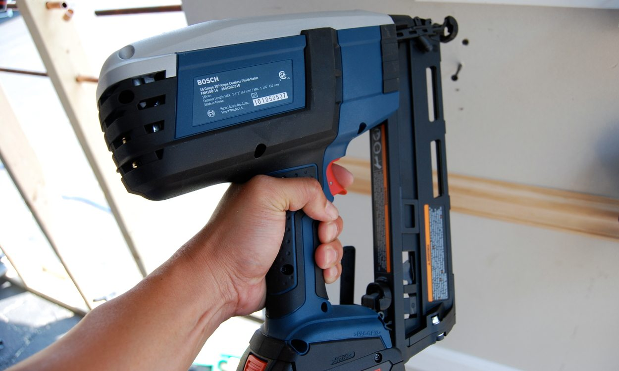How To Use A Nail Gun In 7 Simple Steps Overstock Com