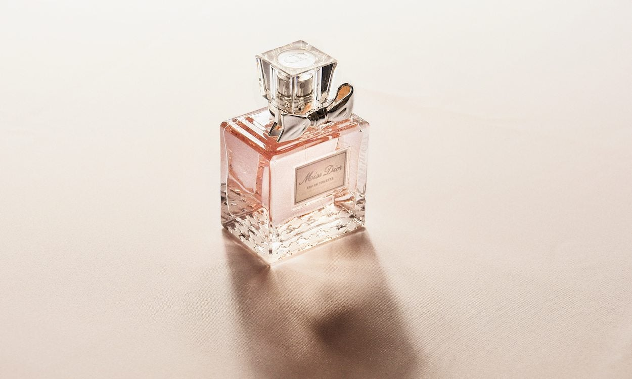 Top 5 Reasons to Give Perfume as a Gift