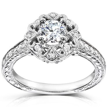 Round cut vintage style diamond ring best engagement rings for Christmas