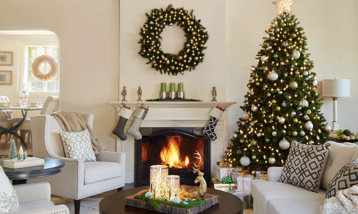 Beautiful Traditional Christmas Decor Ideas for Your Home ...