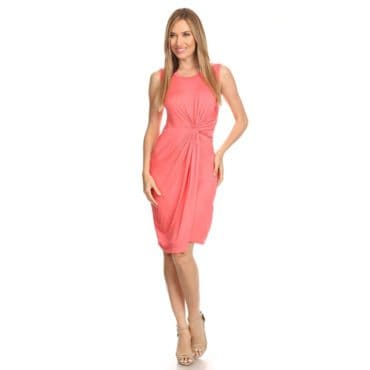 A peach dress, perfecto for a romantic gift idea for her