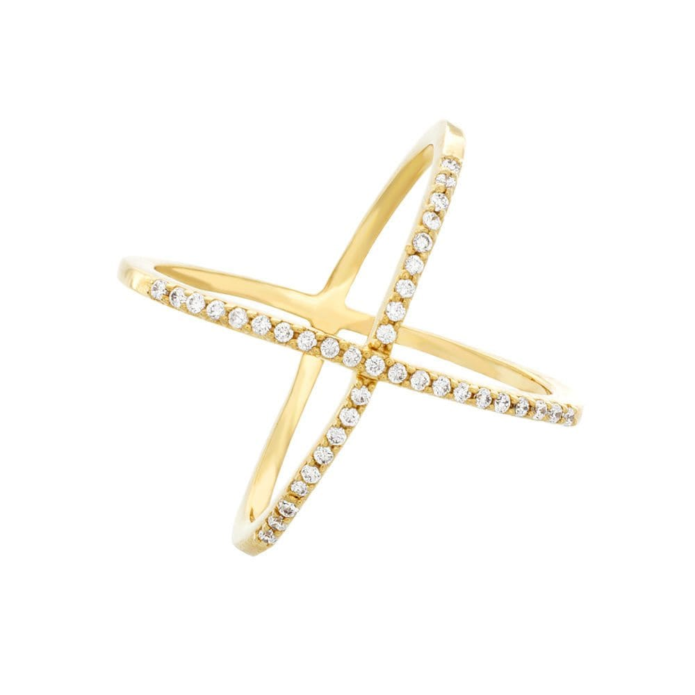 A gold fashion ring, a perfect jewelry gift for your best friend