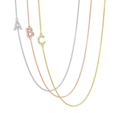 Initial diamond necklace, the perfect gift idea for your girlfriend
