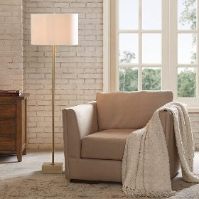 A floor lamp perfect for furnishing your new home