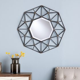 A round mirror, perfect for furnishing your new home
