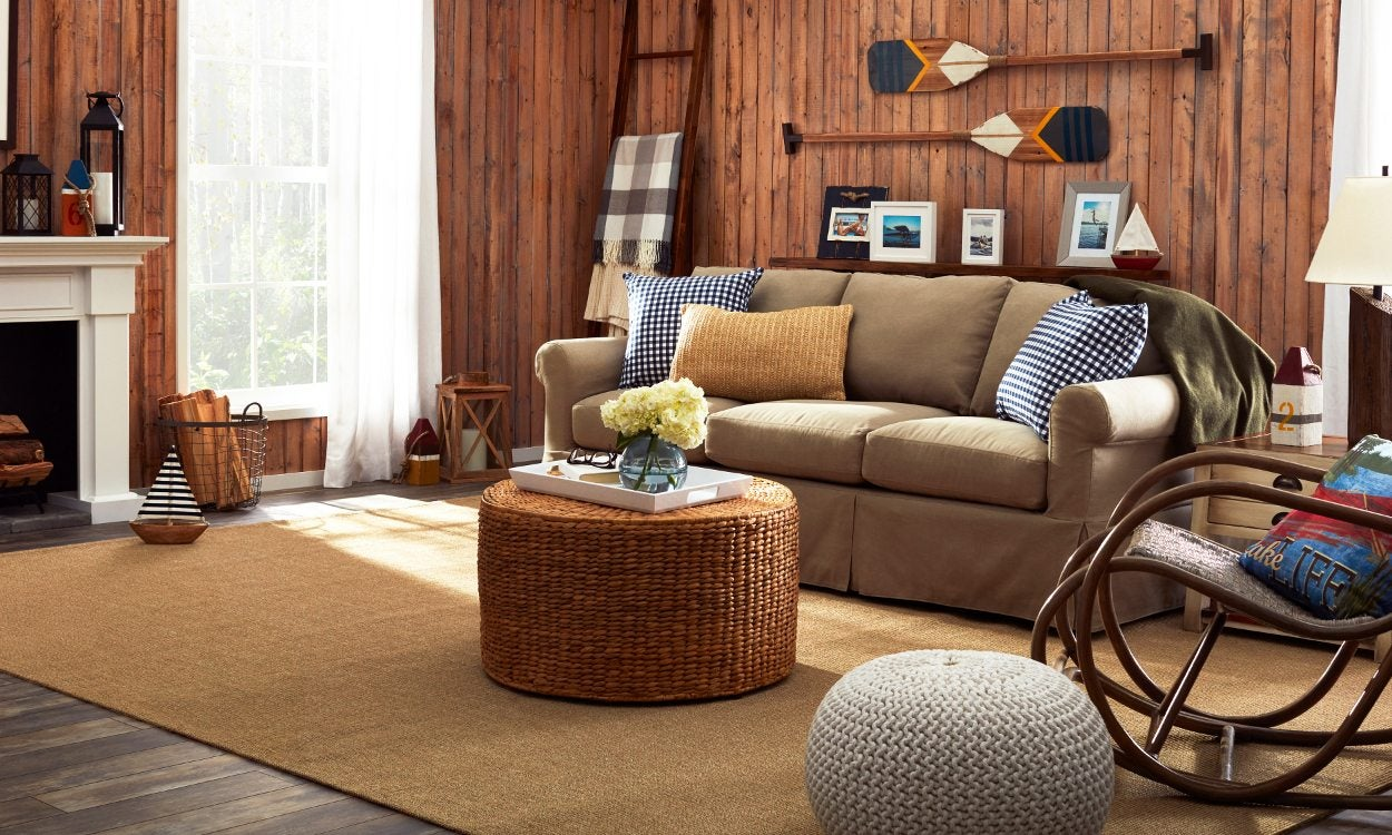 Lake Home Design Ideas: Lake House Decor: A Cottage-Style Family Favorite