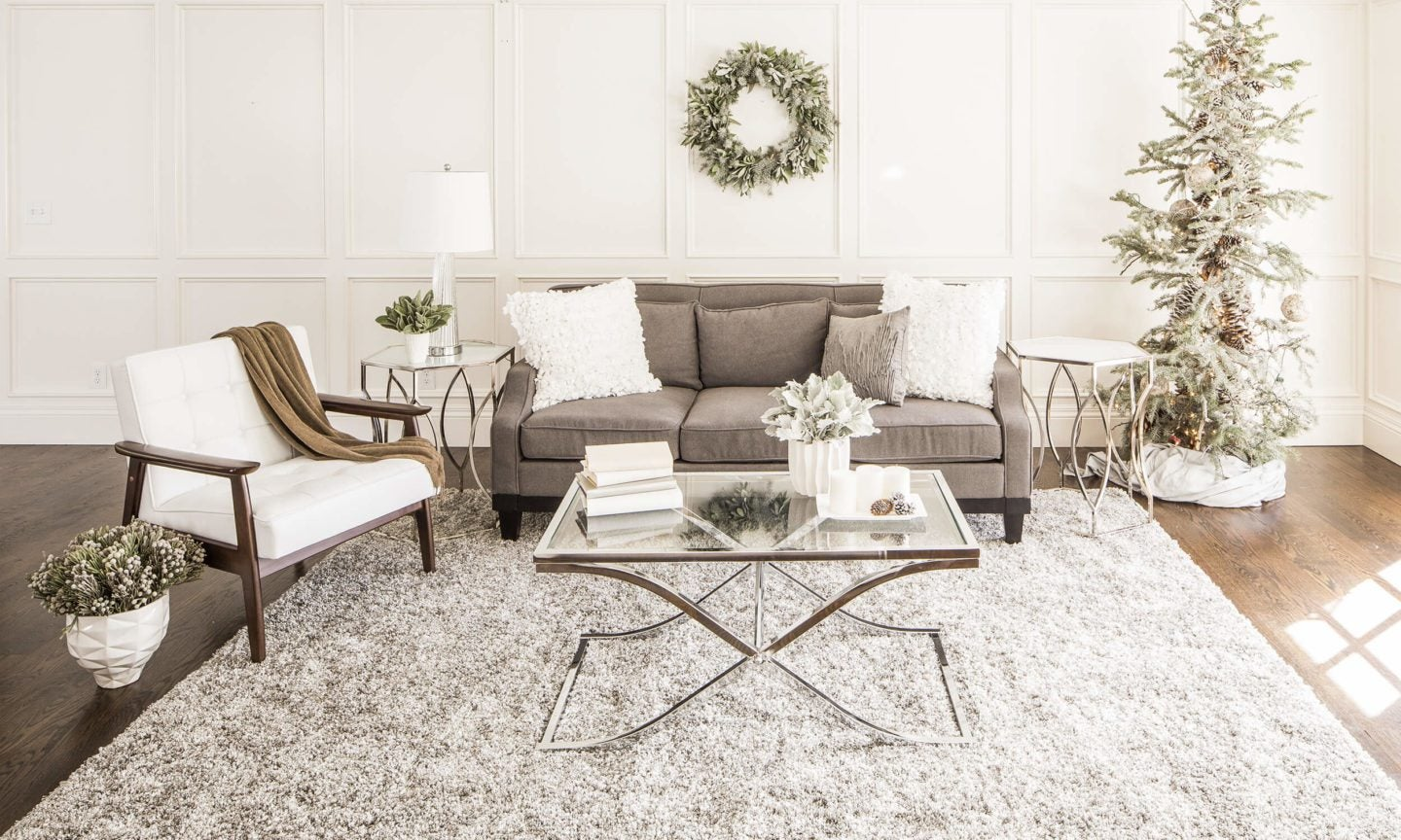 Glam home with Christmas decoartions