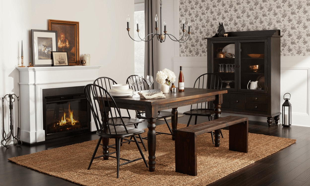 Get Elegant With Cozy Colonial Style Decor