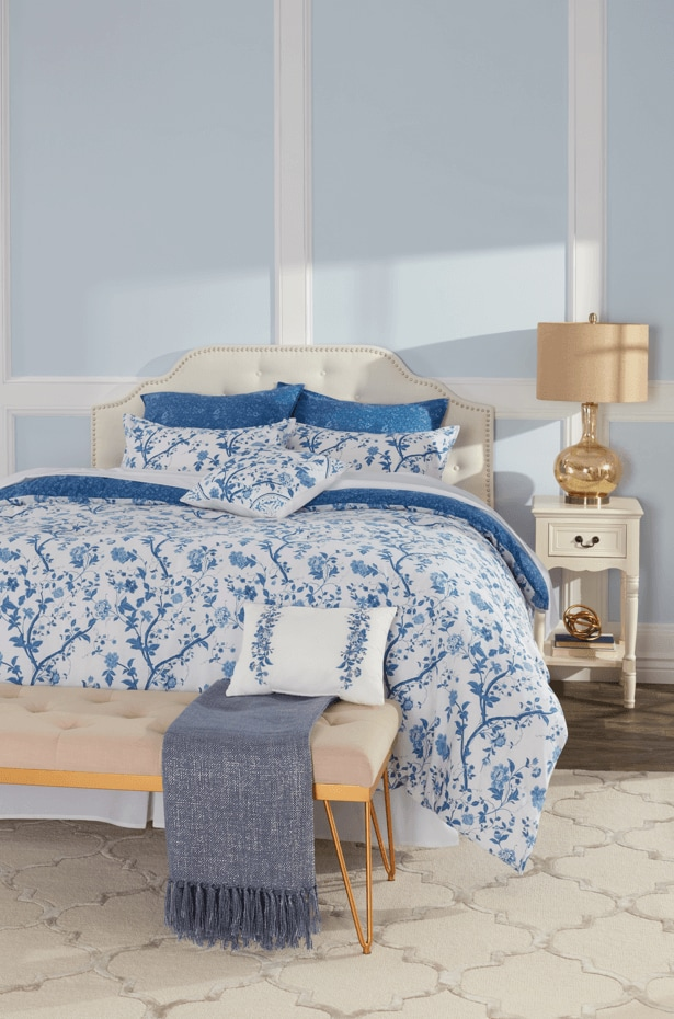 New traditional style bedroom with bed