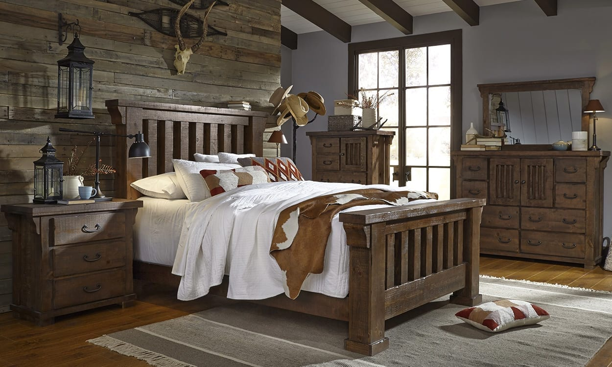 Rustic style bedroom, this is a very popular interior design style
