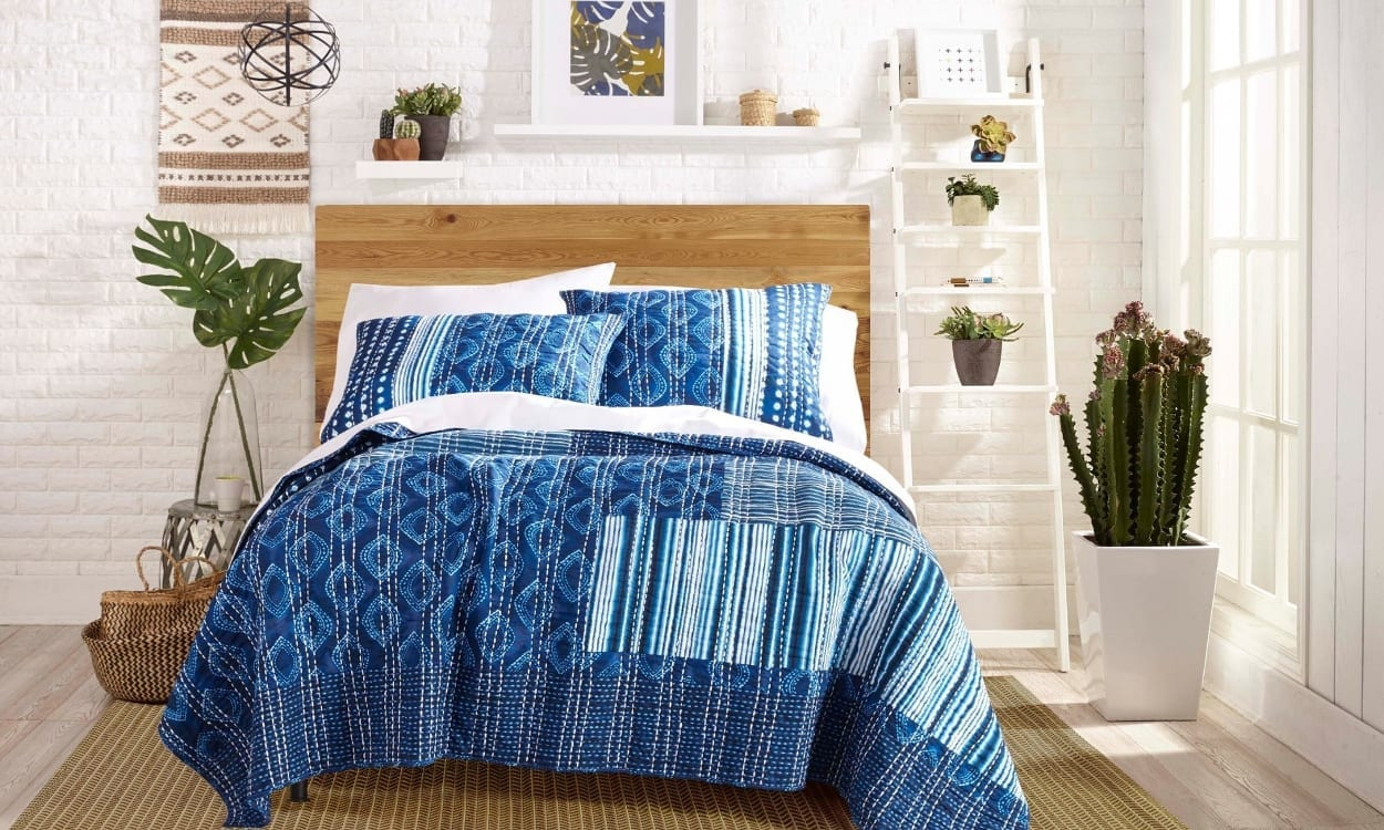 Boho chic style bedroom, the perfect bedroom style for your home