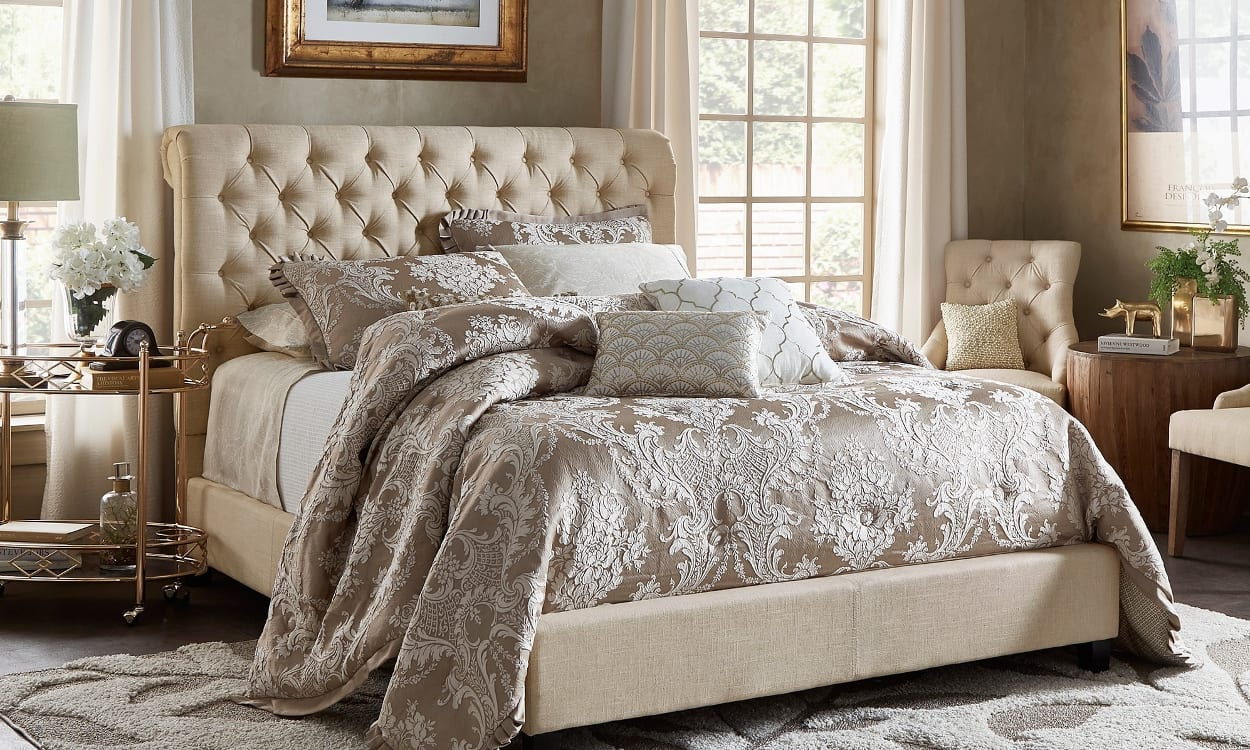 French country style bedroom, the perfect bedroom style for your home