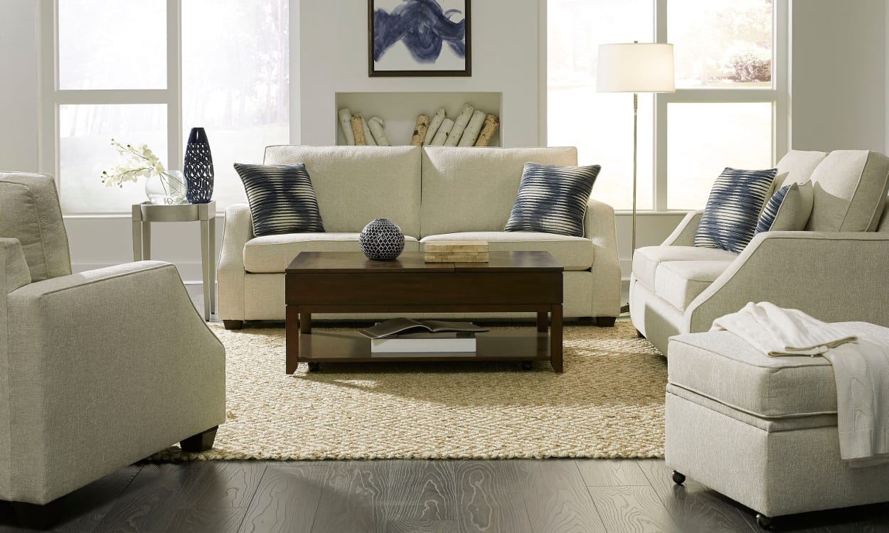 How to get the transitional look at home - Transitional style living room ...