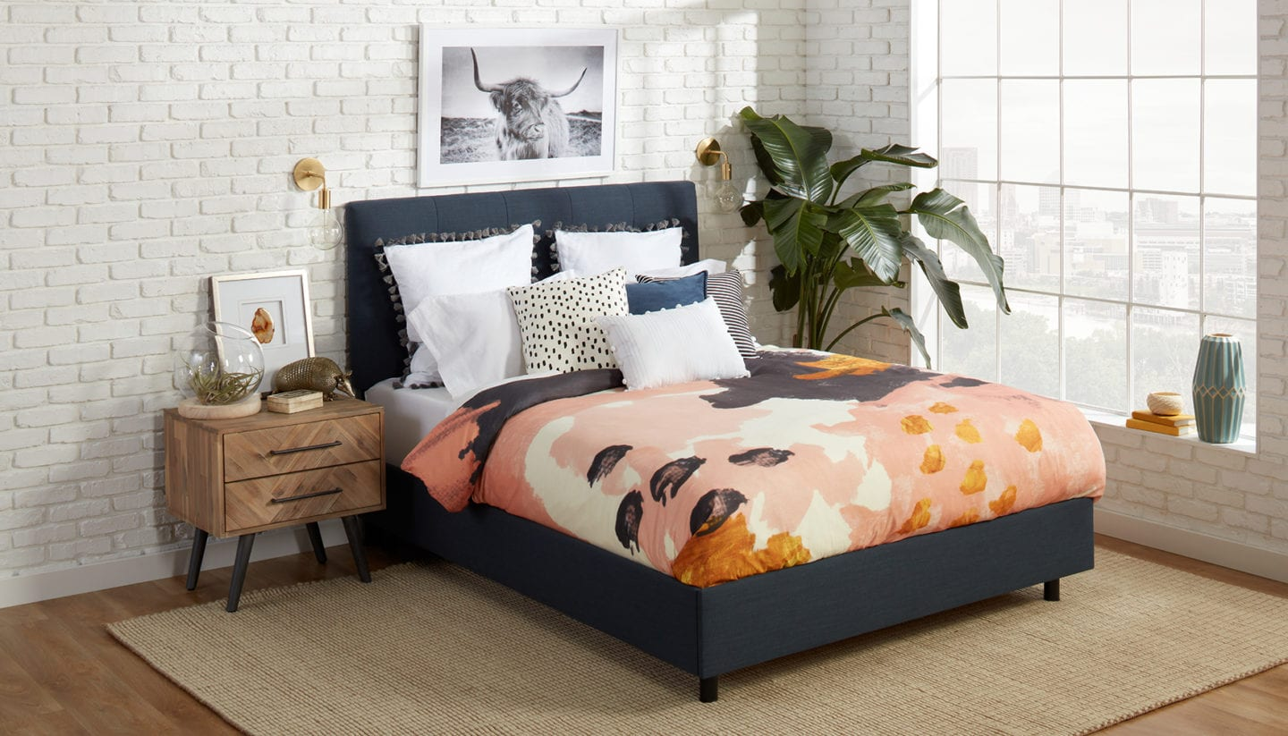 Eclectic Nighstand Decor Ideas