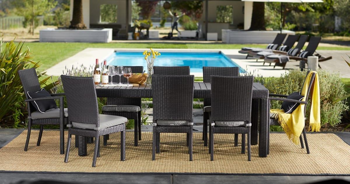 Tremendous 14 Pool Party Essentials For Your Next Poolside Bash Unemploymentrelief Wooden Chair Designs For Living Room Unemploymentrelieforg