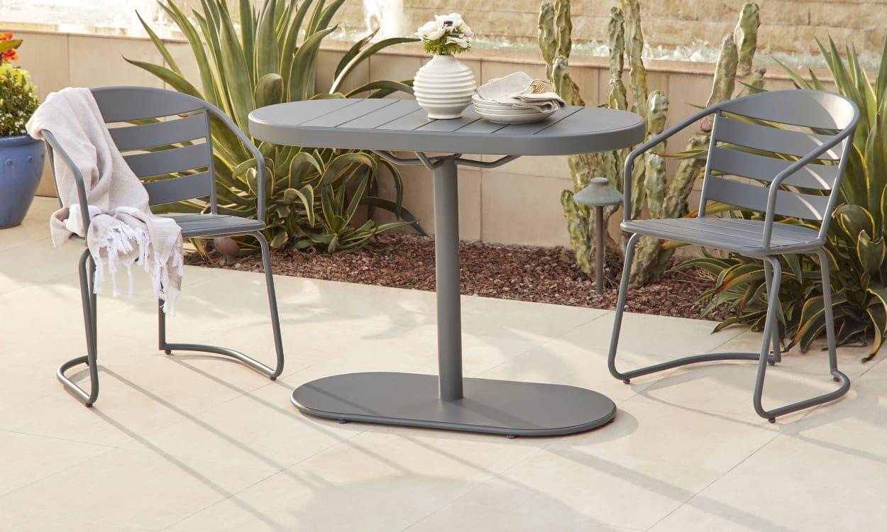 Steel outdoor bistro set
