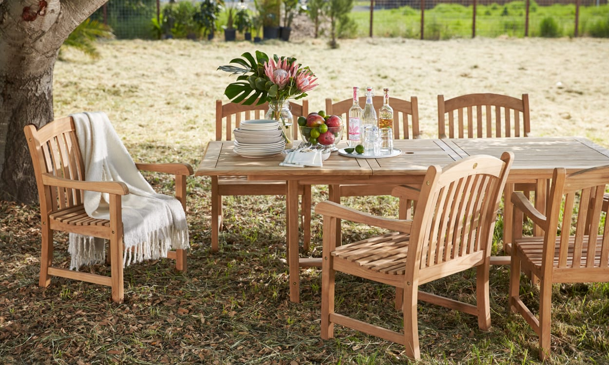 14 summer tablescape ideas for outdoor dining overstock com