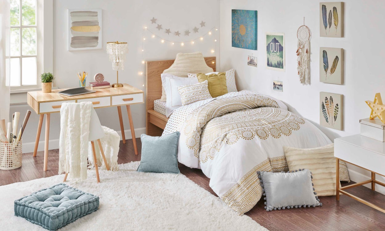 Dorm decorating ideas to match your style personality - College room decor ideas ...
