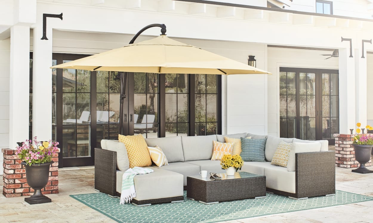 34a1bad9606a Easy Patio Decorating Ideas for an Endless Summer
