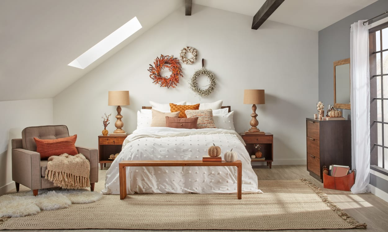 8 Fall Bedroom Ideas for a Cozy Autumn Refresh - Overstock.com on Room Decor Ideas id=32031