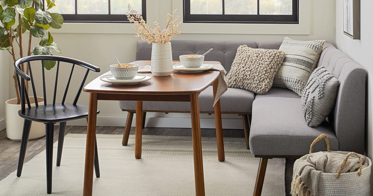 6 Easy Dining Room Ideas for Small Spaces | Overstock.com