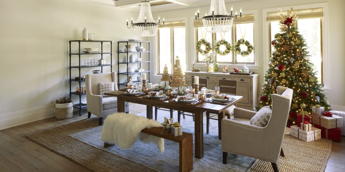 4 ways to decorate your home for a country christmas - How to decorate living room for christmas ...