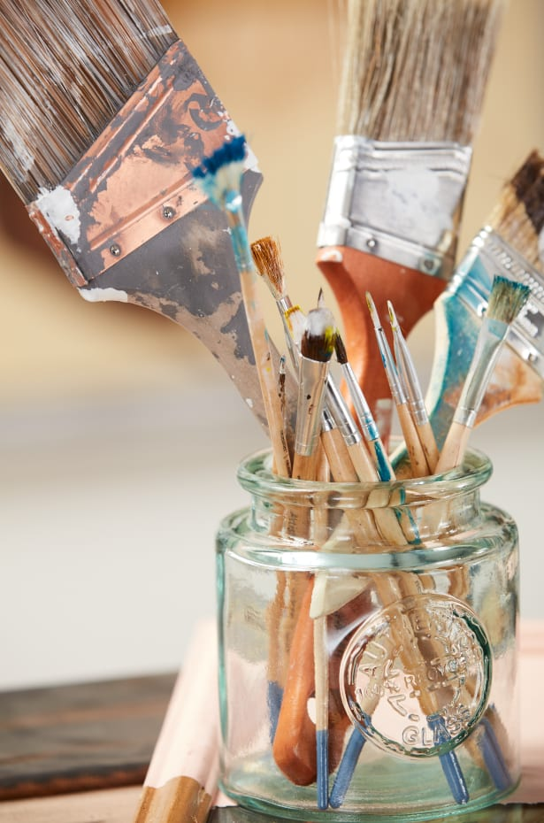 Clear Container Holiday Paint Brushes