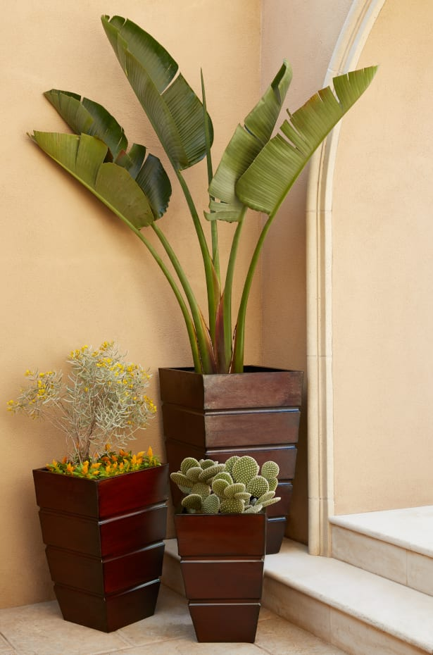 The Best Outdoor Planters For A Stylish Patio Overstock Com