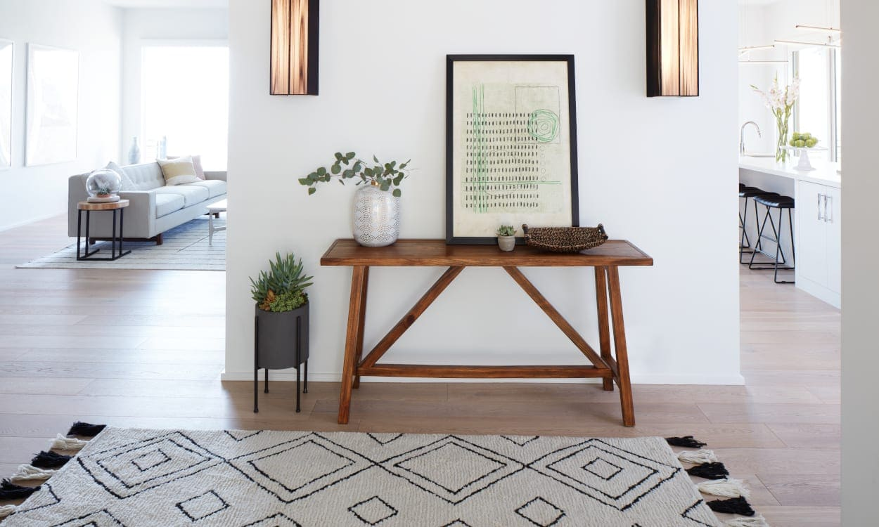 Entryway with a geometrical rug