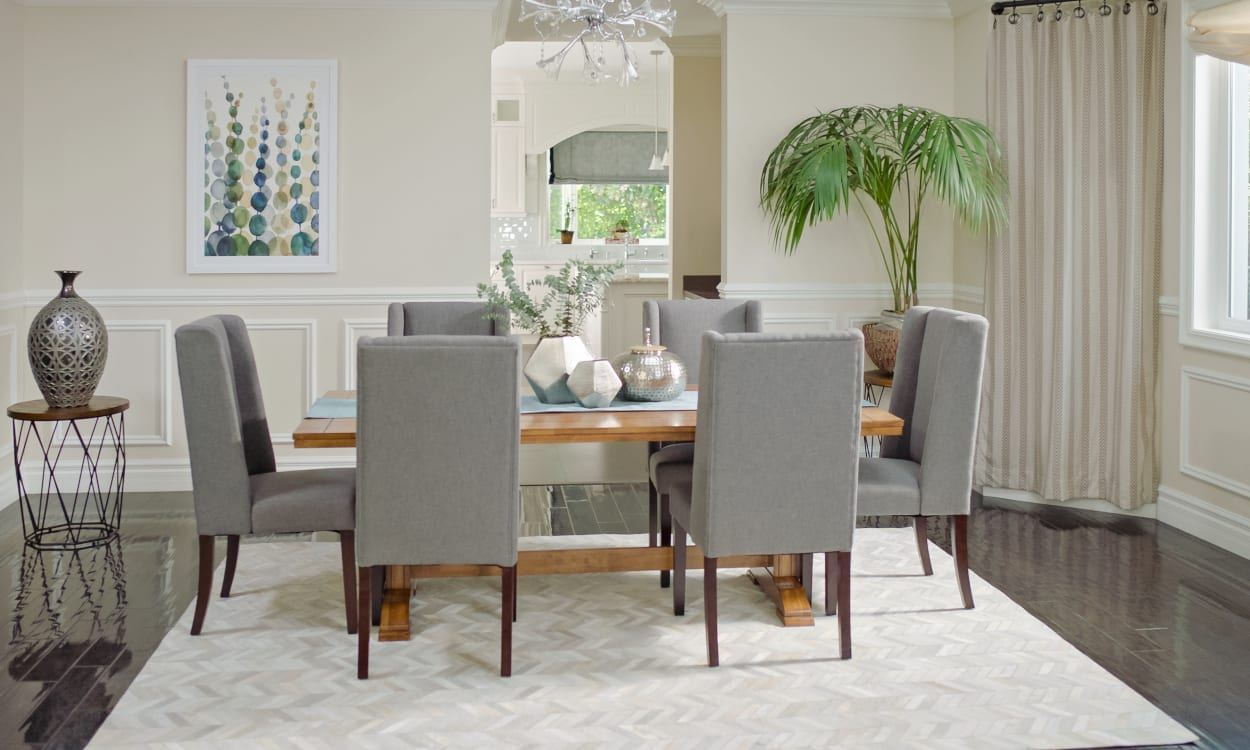 Dining Room With A Silk Area Rug