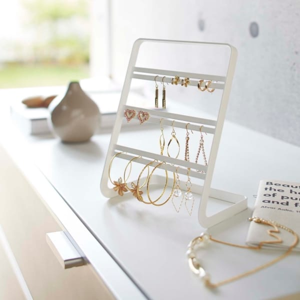White earring holder