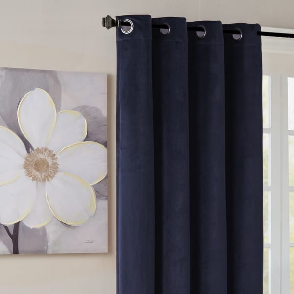 Best Fabric for Curtains: Velvet Curtains
