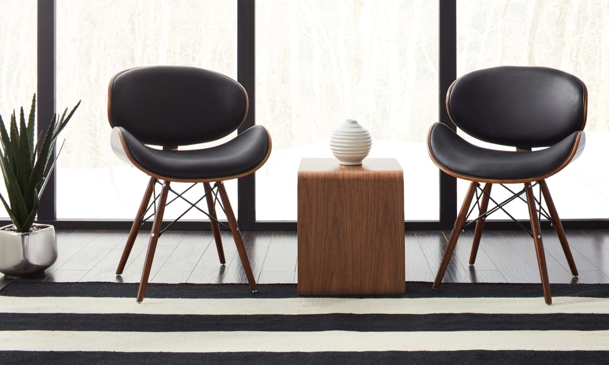 Black and White Home Decor Ideas: Update Classic Shapes with Bold Black Textiles
