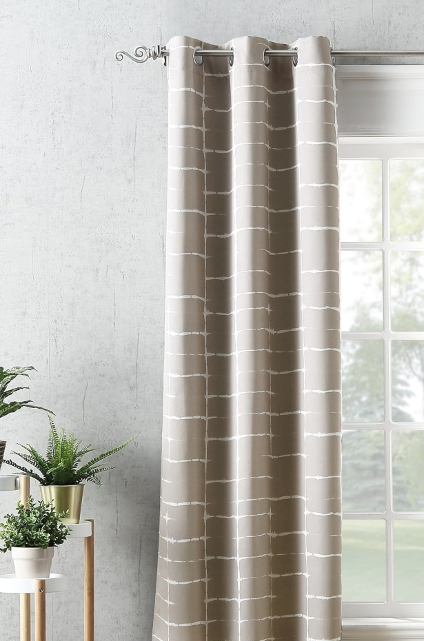 Find a Curtain Rod That Suits Your Style