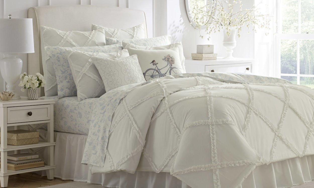 Bed Sheet Styles: Shabby Chic