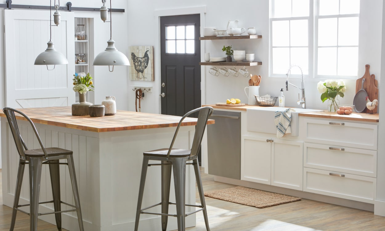 Task Kitchen Lighting for a Hands-On Chef Station
