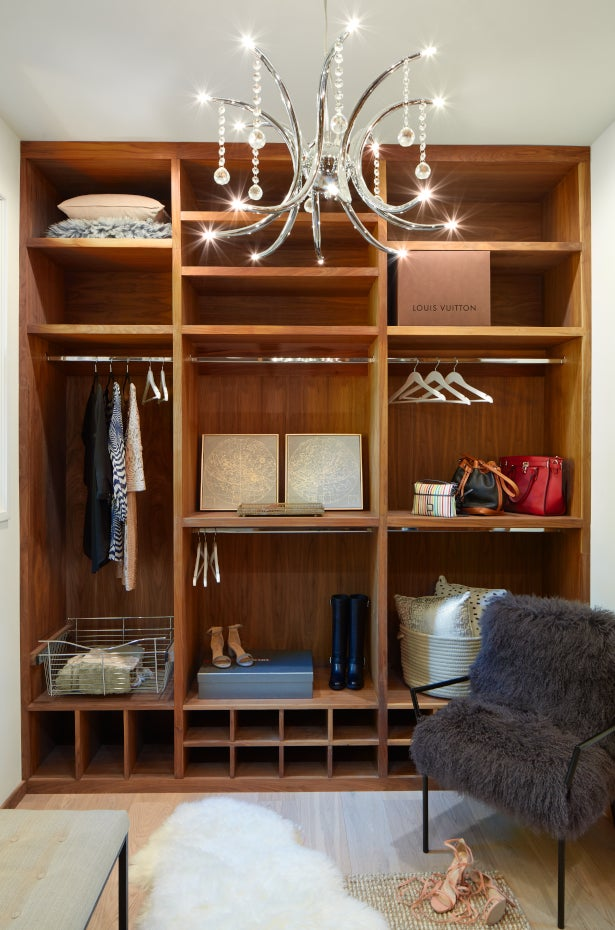 Chandelier with halogen bulbs in a closet