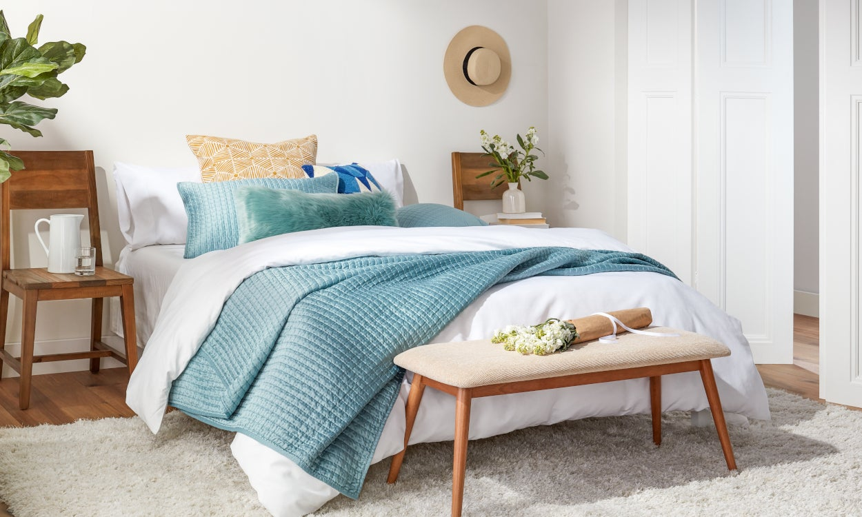 8dd67d513b 6 Best Summer Bedding Ideas to Beat the Heat | Overstock.com