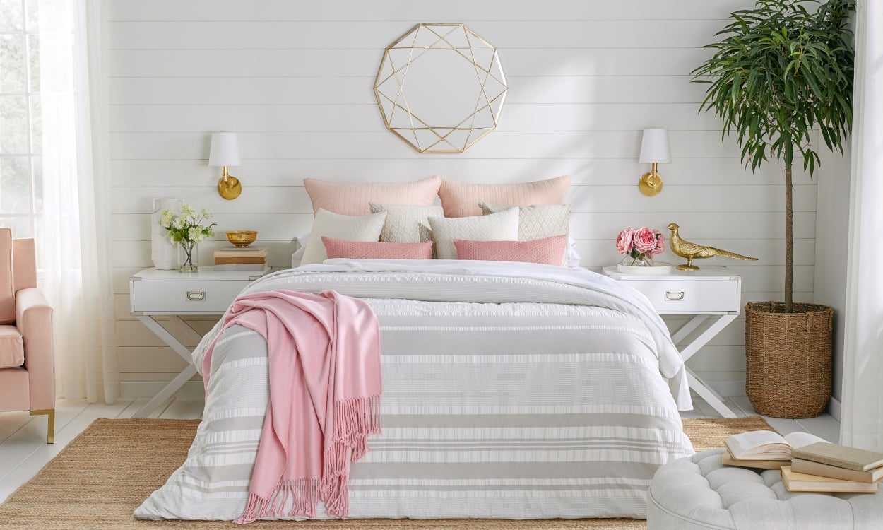Spring Bedding: Linen sheets, cotton bedspread, and cotton pillowcases styled on a bed