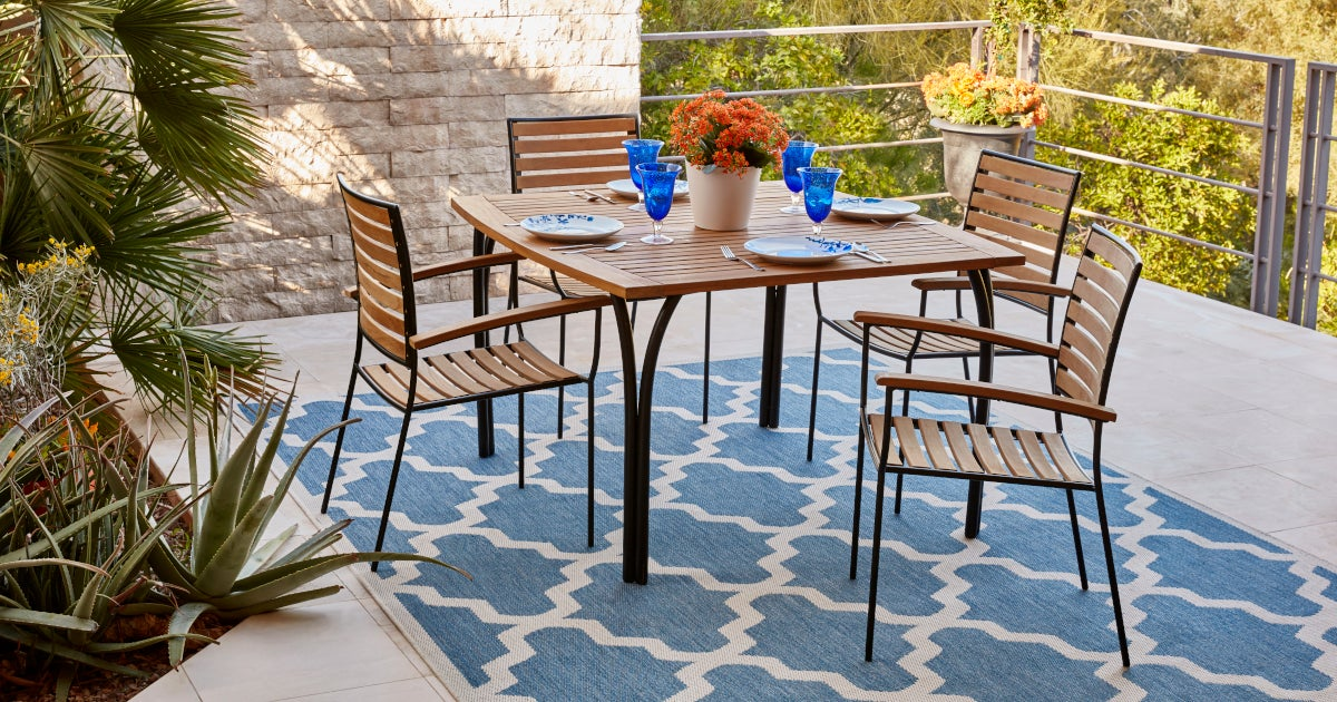 How To Keep Outdoor Area Rugs Looking New Com