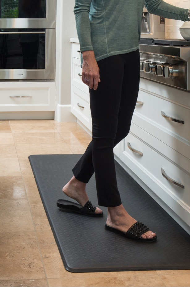 Foam Standing Mat in a Kitchen - 5 Tips for Choosing the Perfect Kitchen Rug