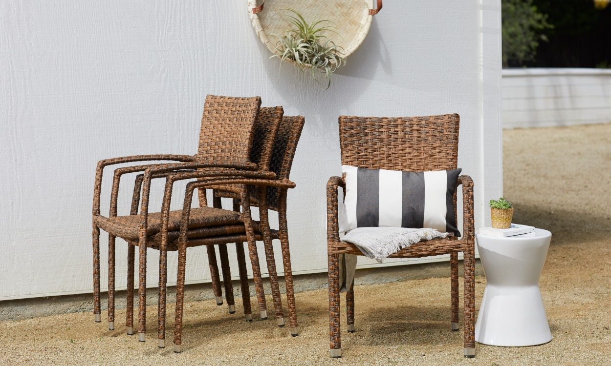 Durable Wicker Patio Chairs for a Patio Table