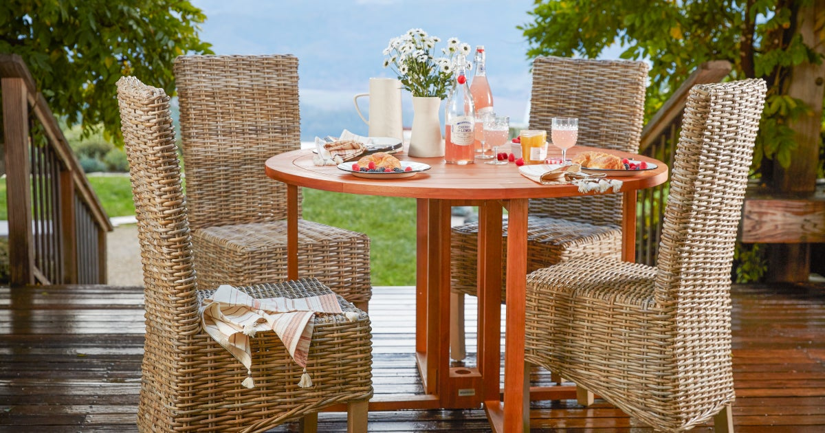 How To Choose The Perfect Patio Table Overstock Com