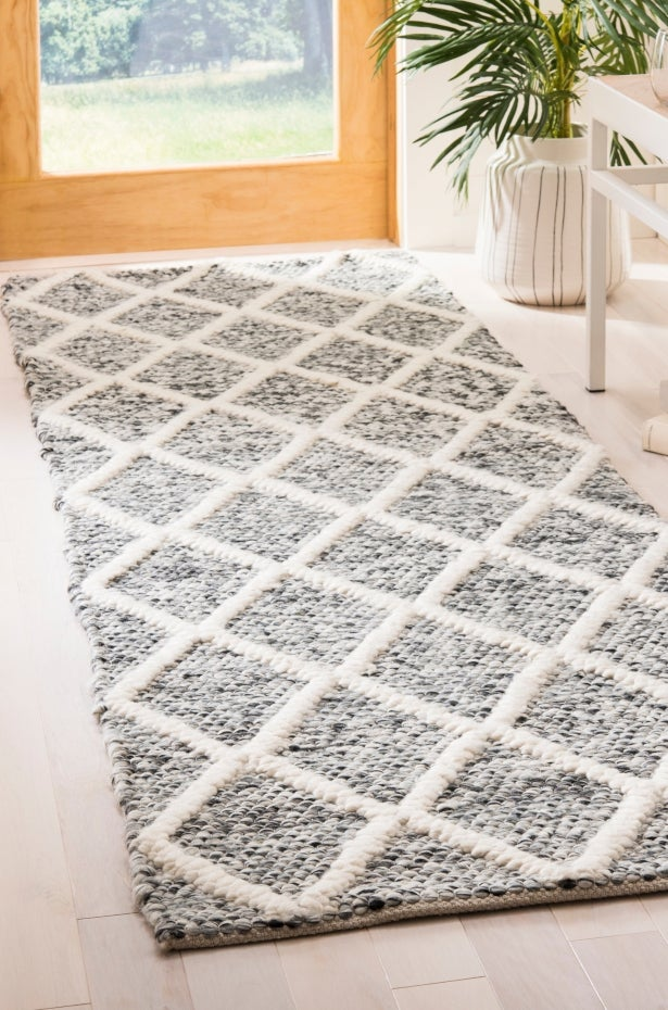 Choose a Runner Rug Pattern