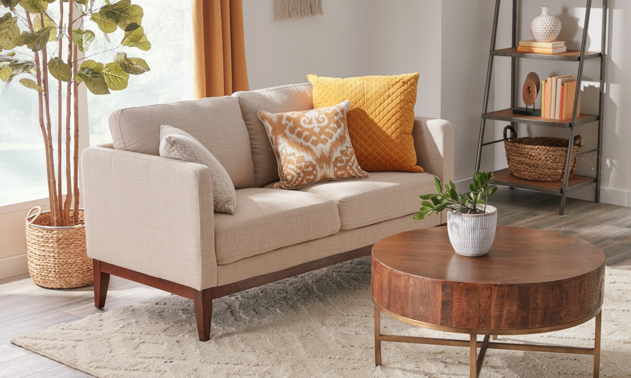 Sofas And Sectionals For Small Spaces